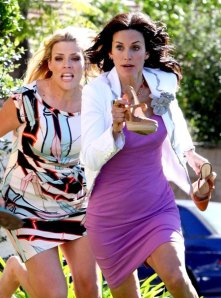infphoto_936674_courtney_cox_busy_philips_cougar_town